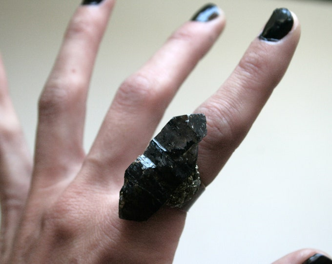 Tibetan Smoky Quartz Crystal Scepter Ring // Terminated Crystal Adjustable Ring // Black Crystal Ring with Pyrite