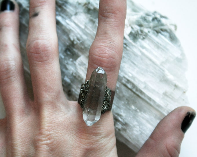 Tibetan Clear Quartz Crystal Ring // Terminated White Crystal Adjustable Statement Ring