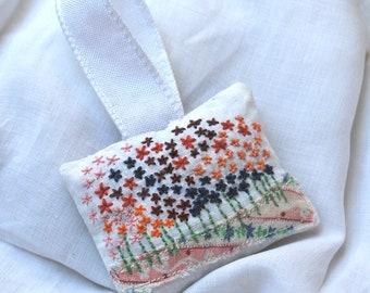 Little flowery lavender sachet