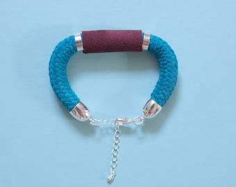 Velvet Emerald - Bracelet in petrol & burgundy