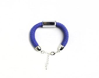 Burgundy, Blue, Batik - Bracelet in various colors
