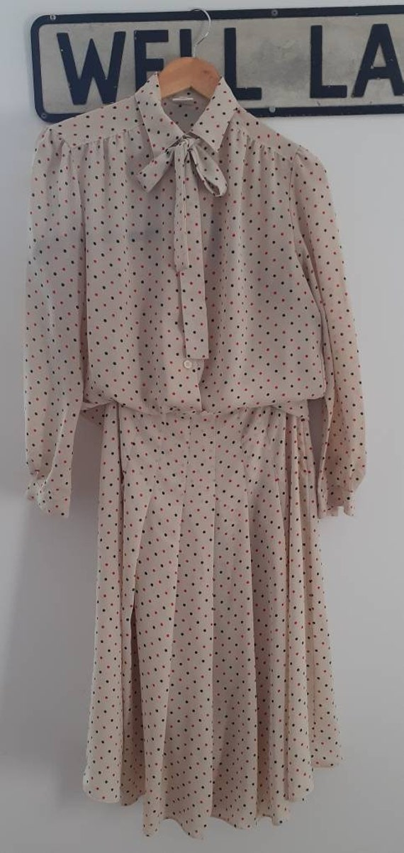 Vintage polka dot pussy bow matching blouse and sk