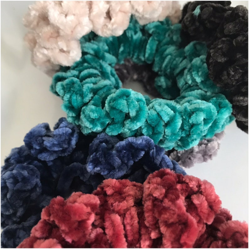 Simple Scrunchies image 0