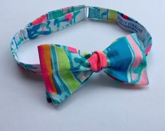 """Lilly Pulitzer """"Beach and Bae"""" Fabric Bow Tie"""