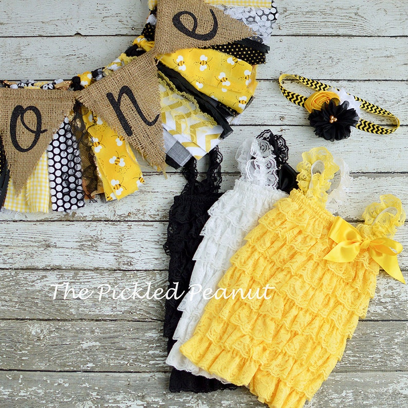 Bumble Bee 1st Birthday Girl Outfit 1st Birthday Outfit Baby Tutu Baby Girl 1st Birthday Outfit Cake Smash Girl Black Yellow ~ 3 Piece Set