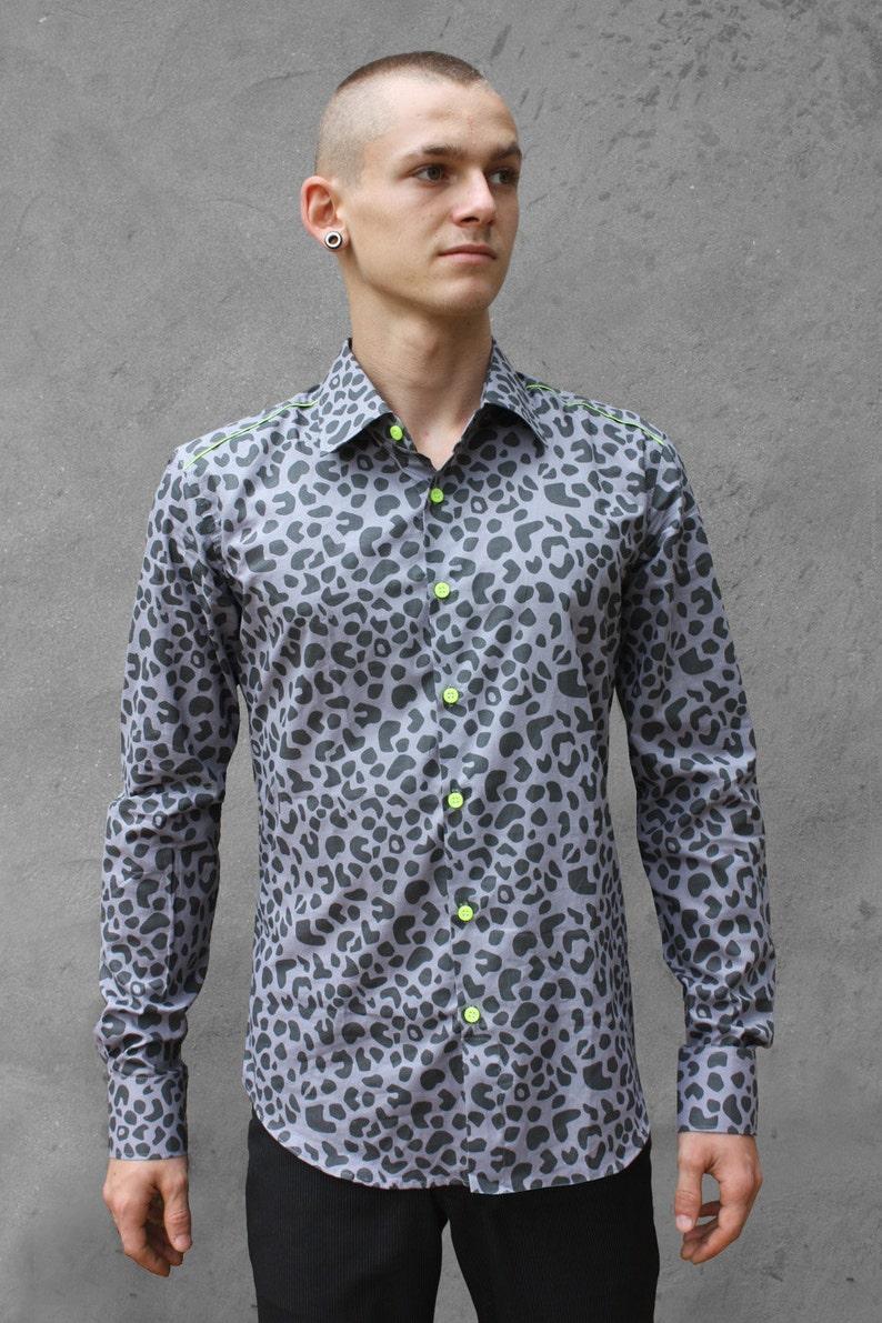 a1fe37be8f Camisa leopardo hombre gris BAÏSAP