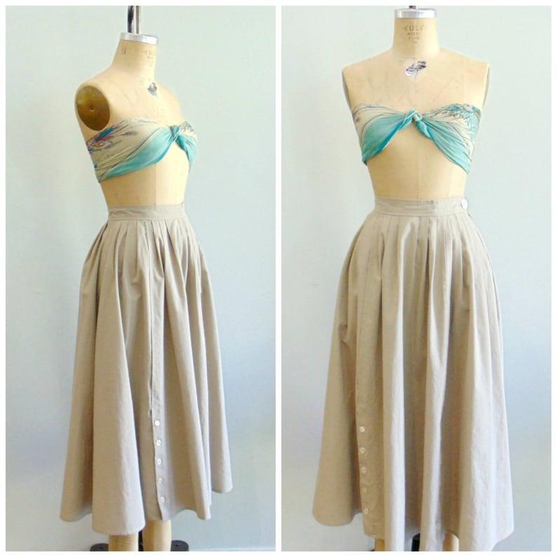 Vintage 1980's Tan Skirt / Full Hip Skirt / Pockets / image 0