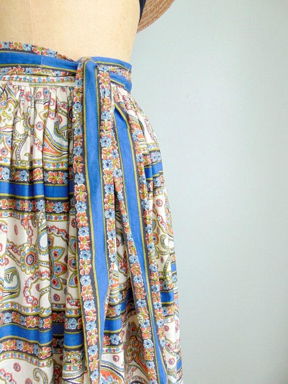 Vintage 1960's Paisley Print Skirt / Midi Length … - image 5