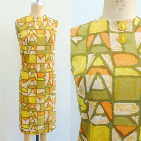 Vintage 1960's Mod Shift Dress / PARIS Print / Oli