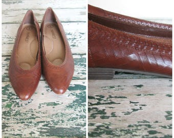 Vintage Cognac Leather Flats// Airstep// Made in Brazil// Cushioned// Size 9