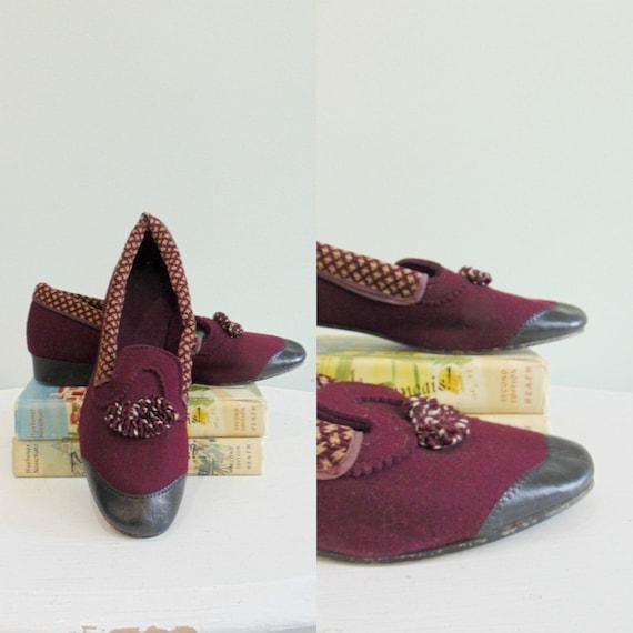 Vintage Cranberry Wool Slipper Shoes / Slip On Sho