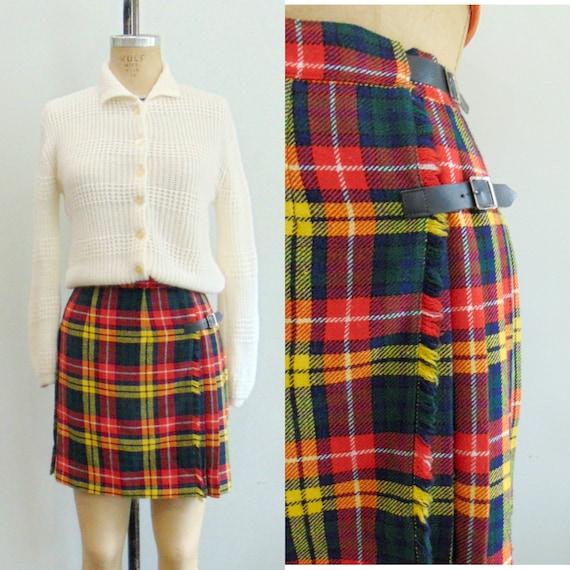 Vintage 1960's Plaid Wrap Skirt / Pleated Mini Ski