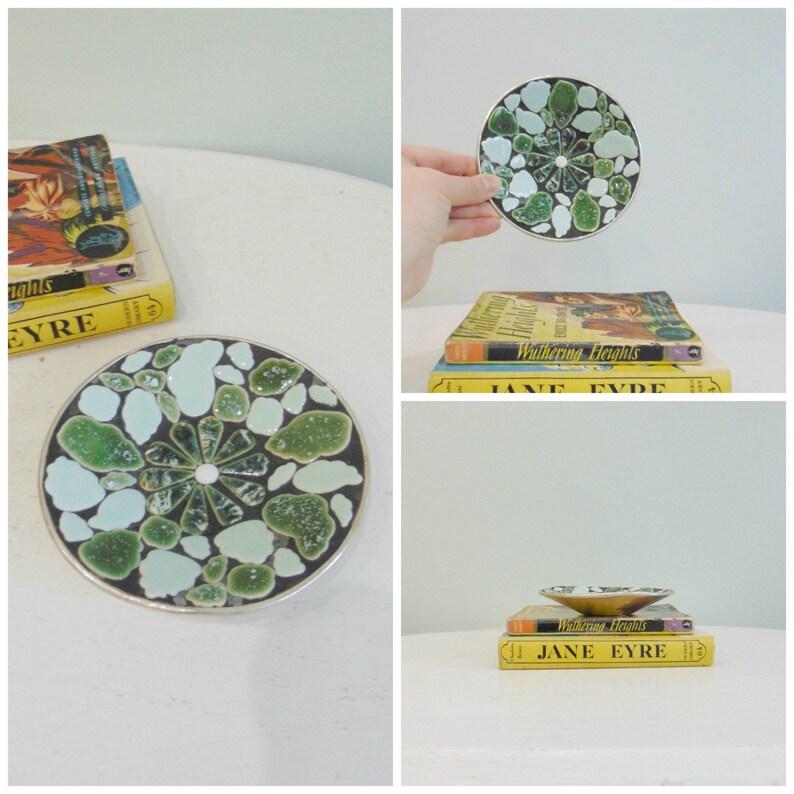 Vintage Organic Shaped Tile Paint Splatter Dish / image 0