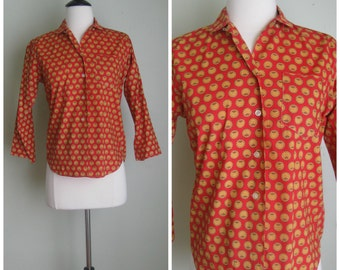 Vintage 60's 3/4 sleeve shirt// Red// Gold medallion Print