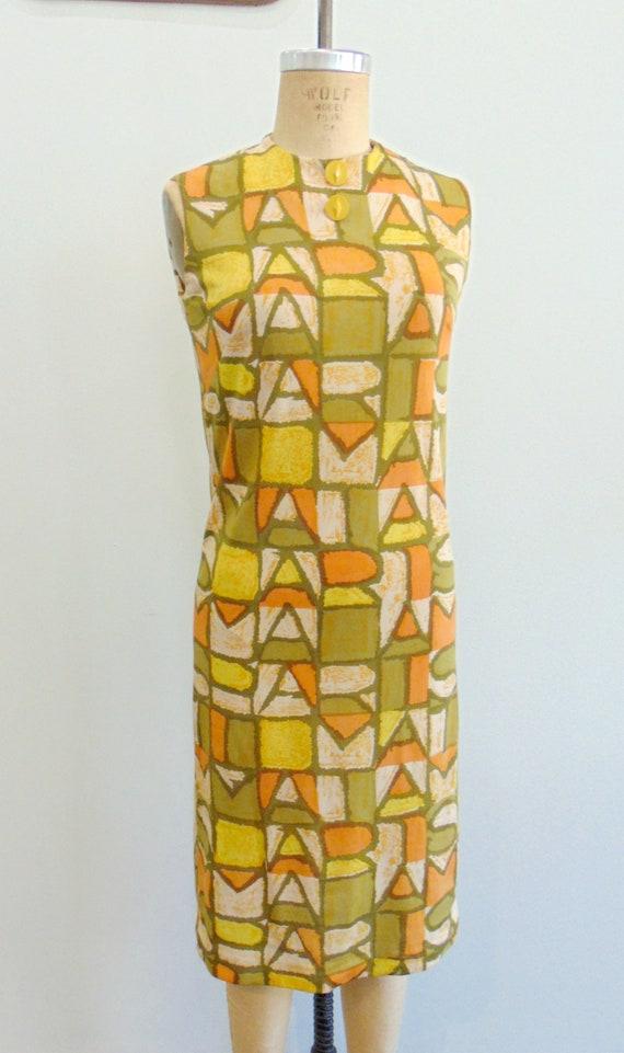 Vintage 1960's Mod Shift Dress / PARIS Print / Ol… - image 2