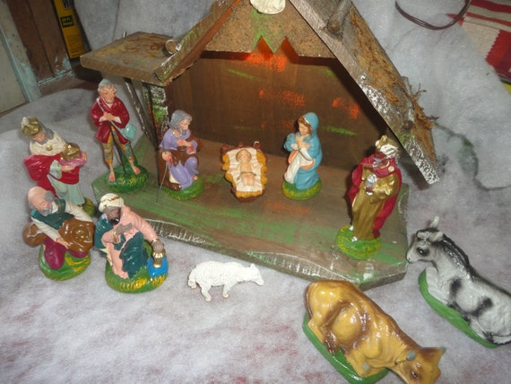 Vintage Wood Creche With Hand Painted Composite Figurines Etsy