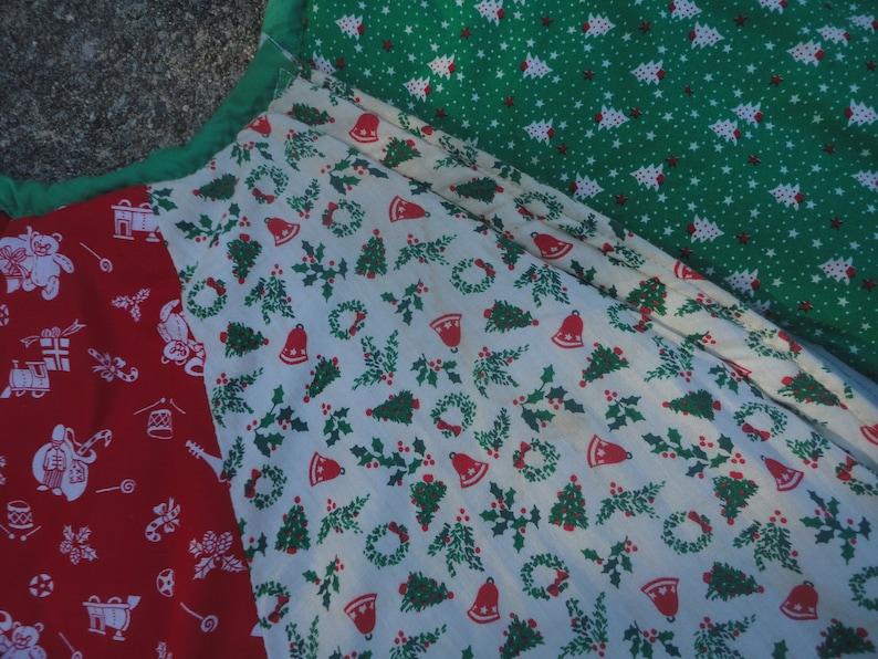Holiday Decoration Vintage Handmade Red Green White Cotton Christmas Tree Skirt Christmas Tree Skirt Tree Skirt Christmas Quilted Skirt