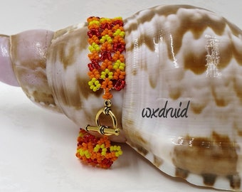 Hubble Beaded Bracelet, Hubble Bead Design, Dark Red, Orange and Yellow Beaded Bracelet, Toggle Bracelet with Seed Beads, Handmade Bracelet
