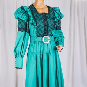 Rodeo saloon girl 1980s Western Wear 3 piece skirt set Made in USA Cow Girl Edwardian Cosplay Turqouise and black cotton Renfair