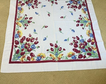 "Vintage Pedigree Thomaston Mills Cotton 46"" x 53"" Tablecloth- Wine Red and Periwinkle Tulips/Yellow Daisies on White"