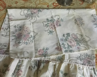 Vintage Cotton Standard Pillow Case/Bedding-Ruffled/Pink Piping/Floral Design
