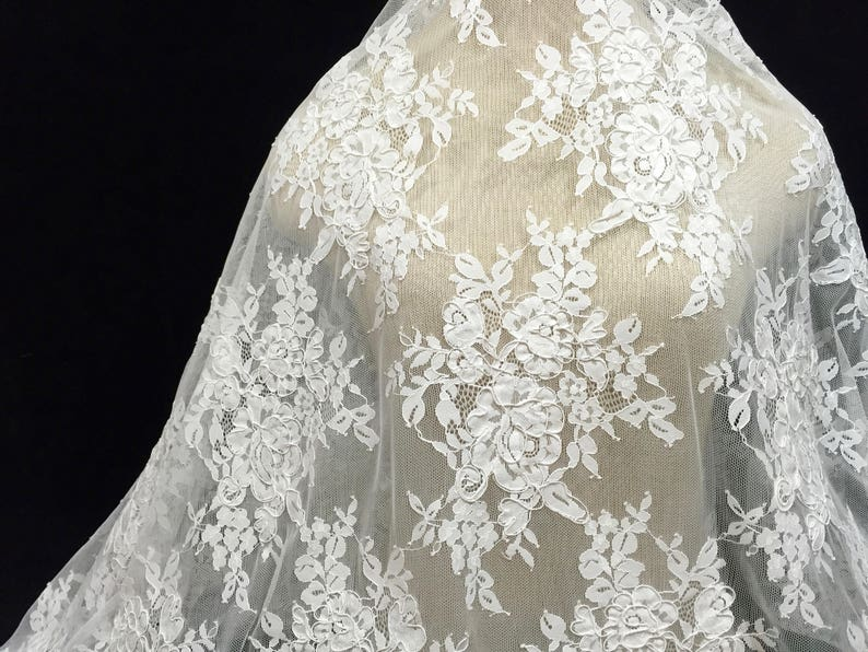 Polyester white lace fabric guipure floral flower lace applique
