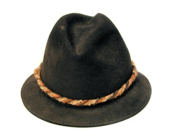 bac4b27c55e 60s Black Trilby Hat S