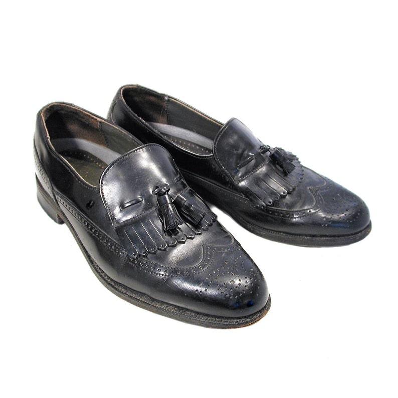 e568e9aea32db 80s Men's Kiltie Loafers 8.5 C, Vintage Black Leather Preppy Dexter Oxford  Fringed Slip On Menswear Dress Shoes 8-1/2