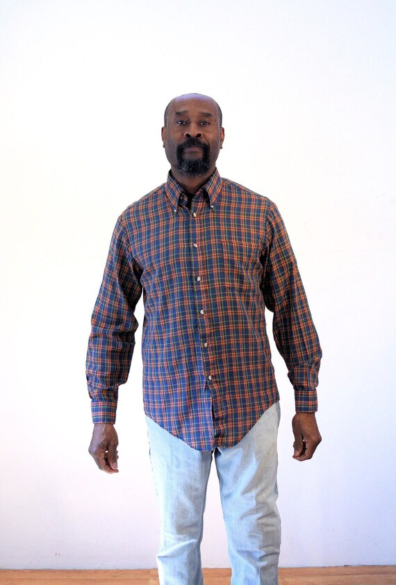 Mens Button Up Long Sleeve Shirt Medium Plaid Button Down Pockets Soft Red Blue