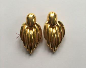 Vintage Drop Doorknocker Earrings | Gold Tone Earrings | Clip On Earrings | 1980s Clip On Earrings