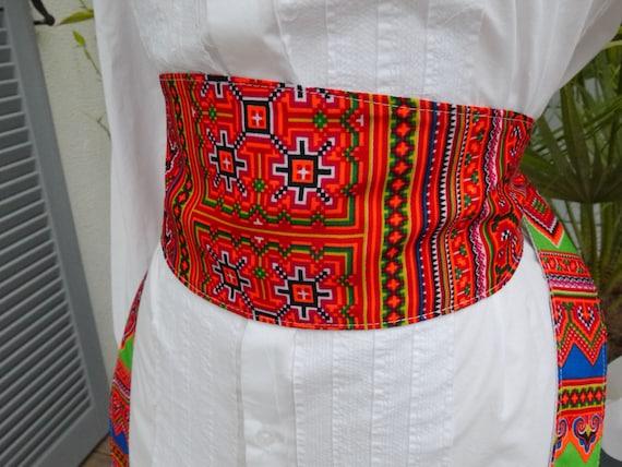 518405545c9a Ceinture large style ceinture obi - tissu repésentant les motifs Hmongs -  réversible