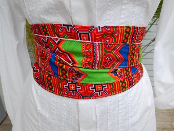 54d735bb2428 Ceinture large style ceinture obi tissu repésentant les   Etsy