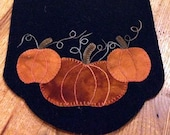 Pumpkin Wool Applique Pattern - Pumpkin Trio Table Mat 8.5 quot x 18.5 quot PRI-373 Wool applique patterns