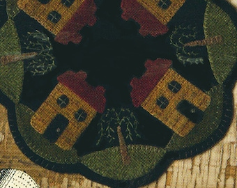 Wool Applique Pattern -  Primitive Salt Box House - Penny Rug - Wool Table Mat - BMB 39