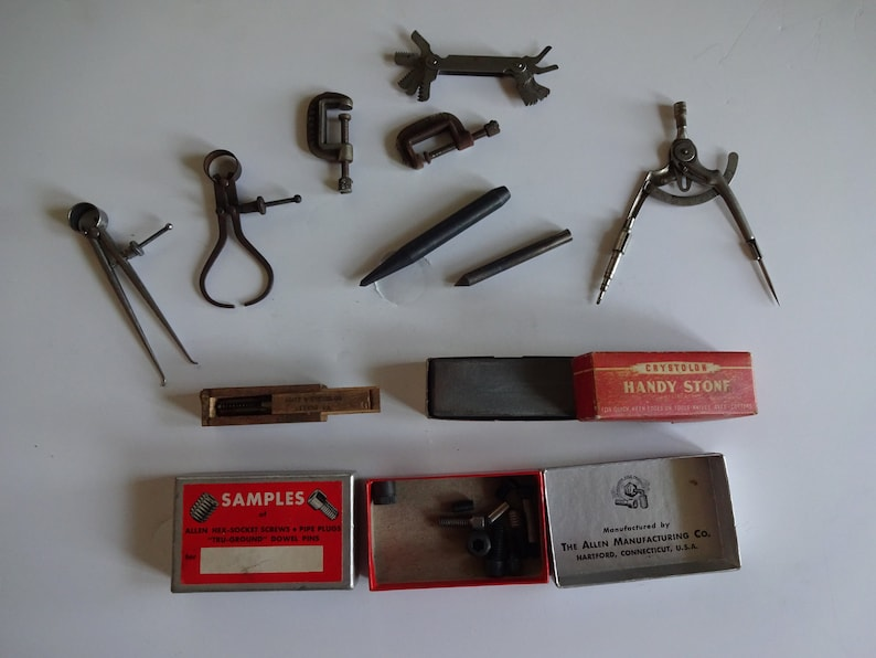 Machinist Tools For Sale >> Sale Vintage Lot Of Machinist Tools Pipe Tap Divider Protractor Caliper Stone Misc Screws Clamps Punches L S Starrett Pocket Gauge