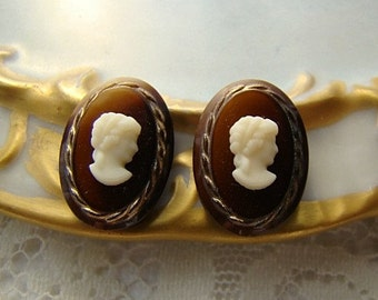 Vintage Glass 18x13mm Cameo  Ivory & Tortoise Shell Brown Gold Rope Edge - 2