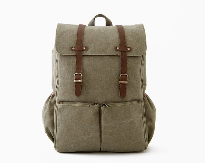 PRE ORDER / CARRYALL Moms & Dads Diaper Bag / Green Canvas