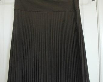 6689143846 Brown Pleated Skirt -