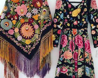 Frida Khalo vintage 1950s velvet dress, with floral embroidery & full circle skirt.