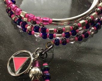 Pink, navy blue, silver, AA sobriety charm bracelet, Pink enameled Unity Recovery Service triangle,alcoholics anonymous,sponsor gift,rule 62