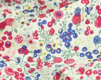 Memorie A Paris Cotton Lawn Fabric 100/% Cotton by Lecien Soft White Blooming Vines