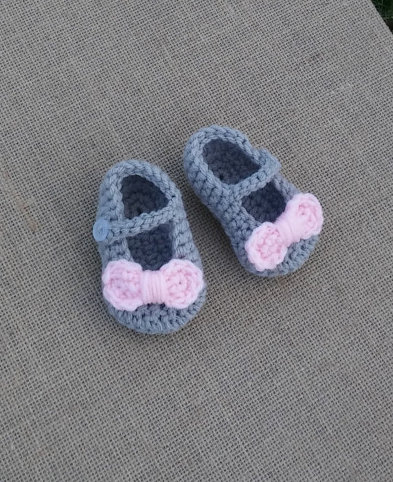 Handmade Crochet Slippers 0-3 months Baby Shower Booties Ballet Pumps Girl Boy