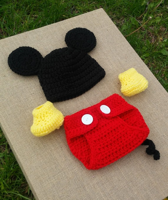 Handmade Crochet Newborn baby boy Mickey Mouse Hat Diaper Cover and  booties, PHOTO PROP, Mickey hat and diaper cover set red