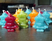 Robot Beeswax Birthday Ca...