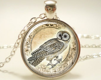 Owl Necklace, Woodland Forest Animal Jewelry (1636S1IN)