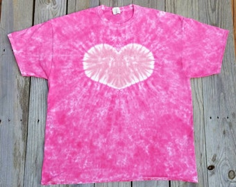 4e1317a7b30 Women s Plus Size Bright Pink Heart Tie Dye T-Shirt