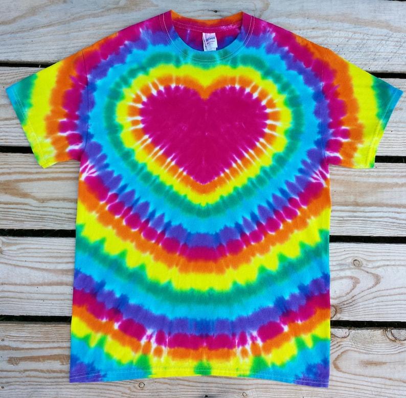 48d8672365ee Women s Rainbow Heart Tie Dye TShirt S M L XL XXL 3XL