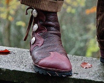Elven Flame Buffalo Moccasin: Made to Order - Men's Leather Boots - Men's Custom Moccasins  - Action Moccasins - LARP Boots - SASS Boots