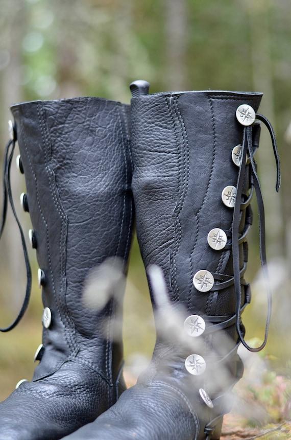 Elven Flamme Buffalo Mokassin Stiefel für Herren Leder Herren benutzerdefinierte Mokassins Aktion Mokassins LARP Stiefel SASS Stiefel