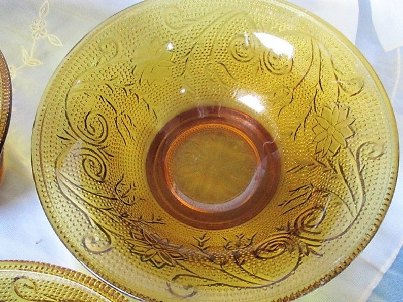 China Galore Tiara Amber Daisy Sandwich Small Cereal Bowls Three bowls with one minor flaw Very good good to very good Tiara Amber